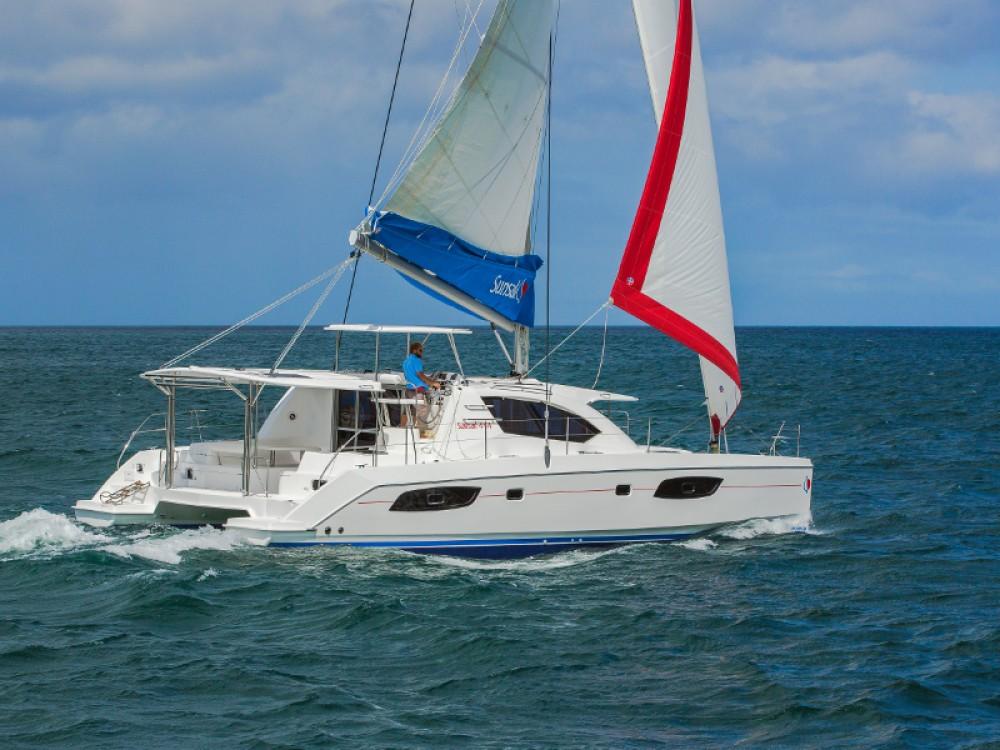 Rental Catamaran in Antigua and Barbuda - Leopard Sunsail 444