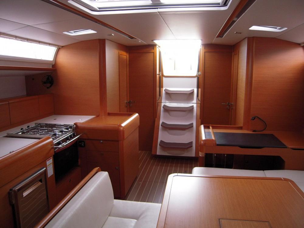 Boat rental Road Town cheap Sunsail 51