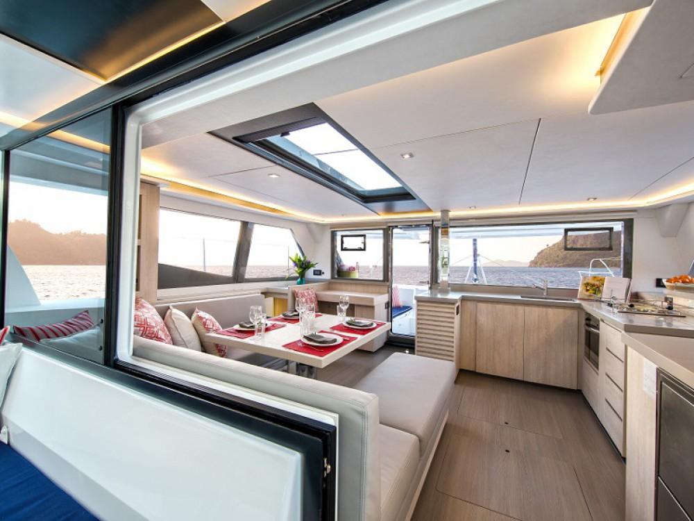 Rental Catamaran Leopard with a permit