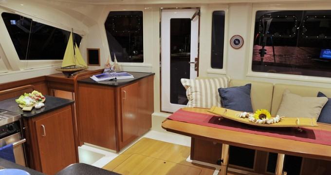 Rental Catamaran in Road Town - Leopard Sunsail 444