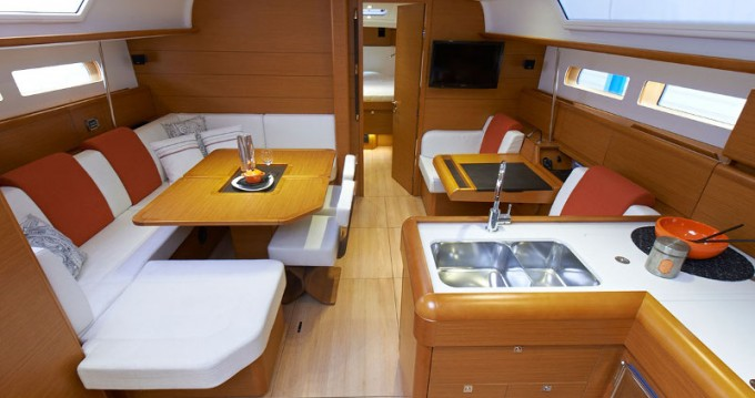 Jeanneau Sunsail 47 between personal and professional Dubrovnik