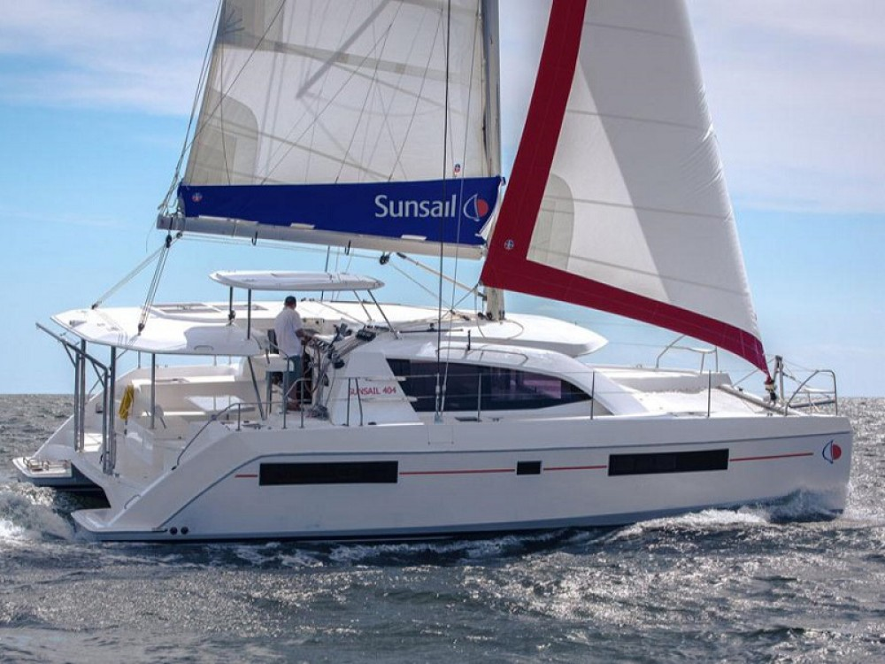 Hire Catamaran with or without skipper Leopard Kontokali