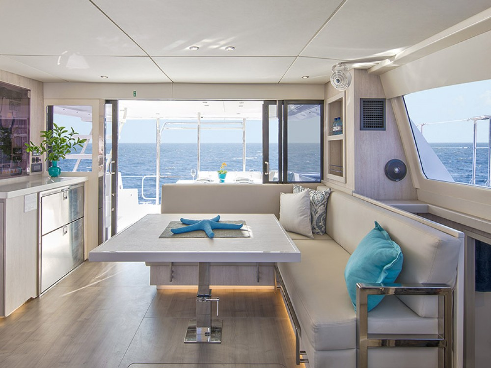 Rental Catamaran in Victoria - Leopard Moorings 434 PC
