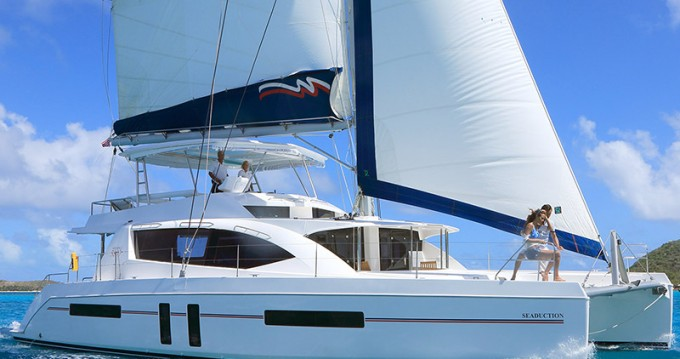 Rental Catamaran in Road Town - Leopard Moorings 5800
