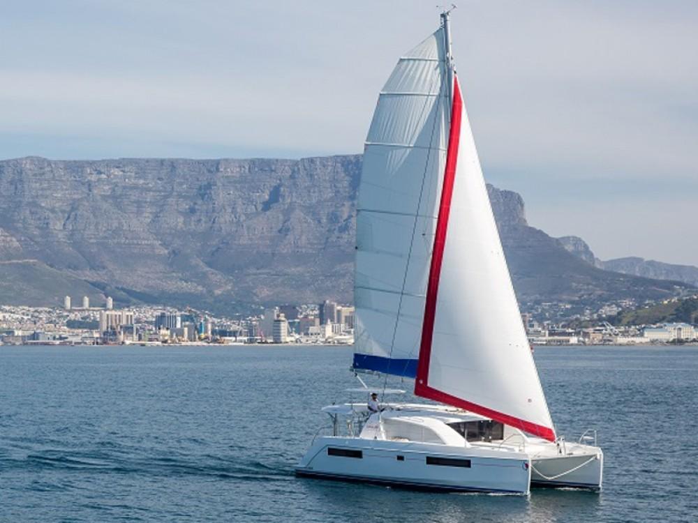 Rental Catamaran in Road Town - Leopard Sunsail 404