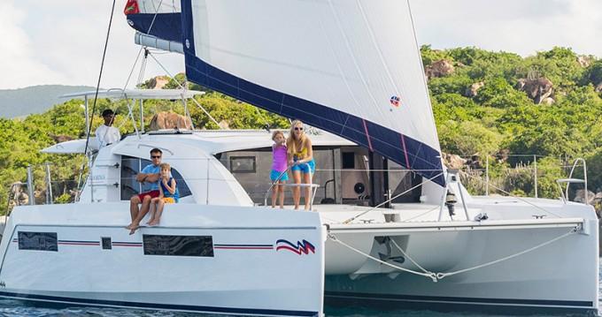 Rental Catamaran in Marina - Leopard Moorings 4000