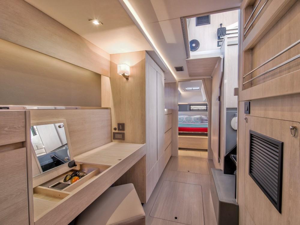 Rental Catamaran in  - Leopard Sunsail 454-10