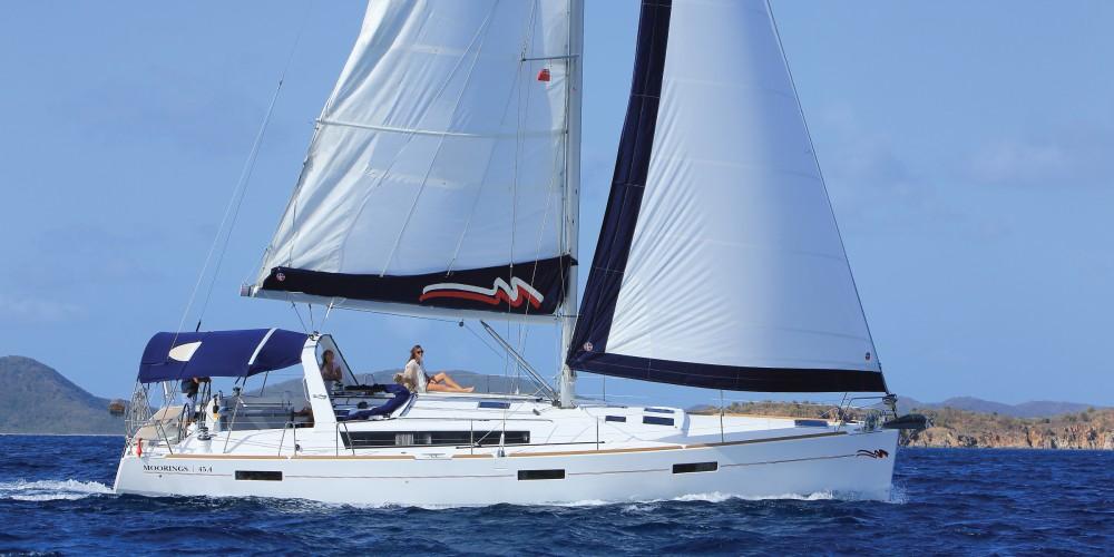 Rental Sailboat in  - Bénéteau Moorings 45.4