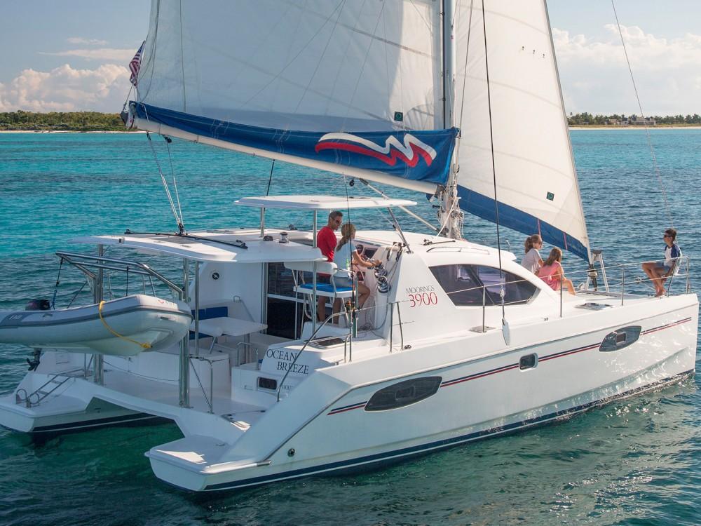 Rental yacht Marina - Leopard Moorings 3900 on SamBoat