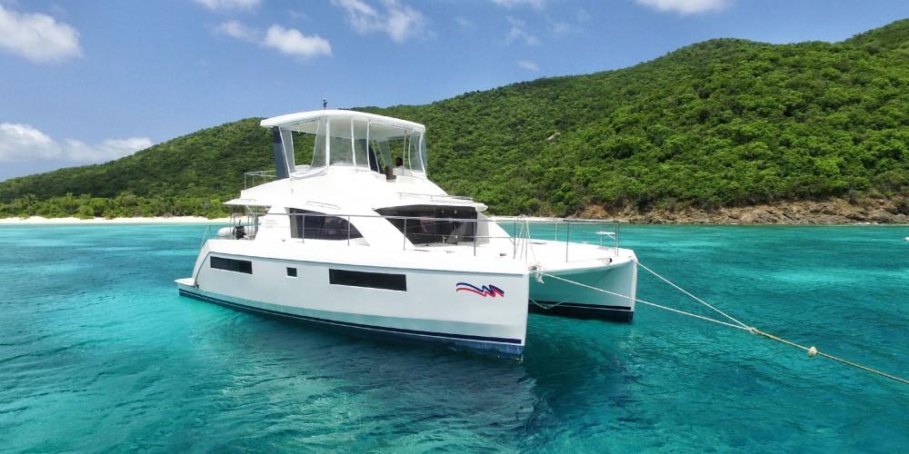 Boat rental Leopard Moorings 434 PC in Marina on Samboat