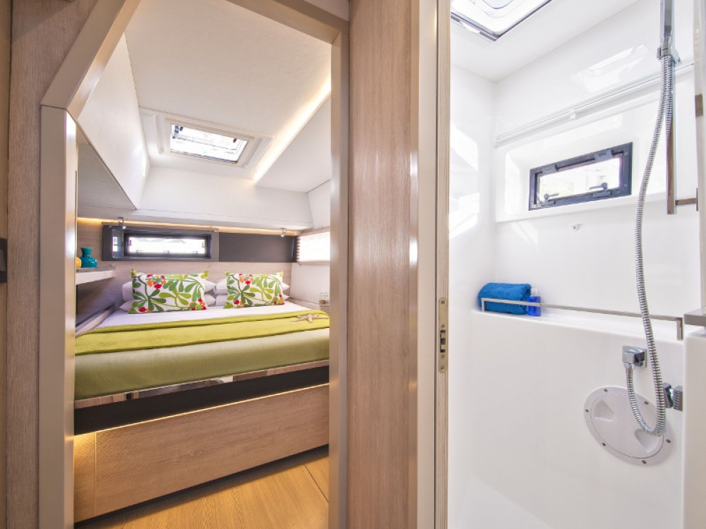 Leopard Sunsail 454 between personal and professional Saint Martin
