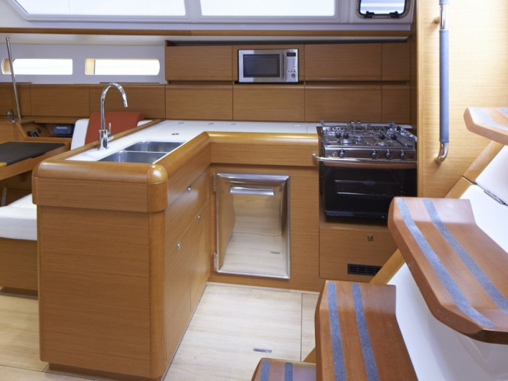 Boat rental Road Town cheap Sunsail 47/3