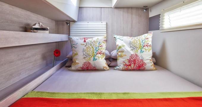 Rental yacht Marina - Leopard Sunsail 404 on SamBoat