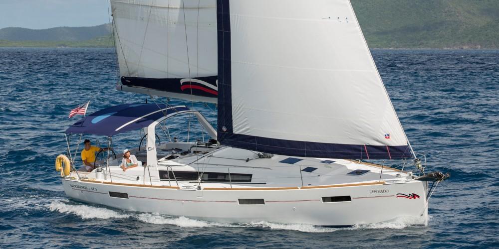 Rental yacht Road Town - Bénéteau Moorings 42.3 on SamBoat