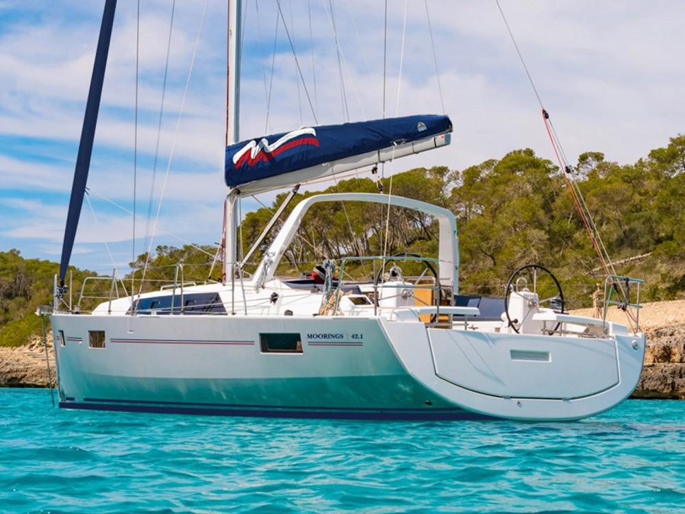Rental Sailboat in Procida - Bénéteau Moorings 42.3