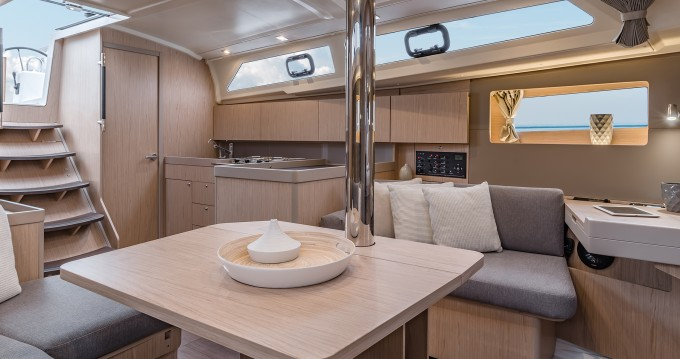 Bénéteau Moorings 42.1 between personal and professional Cannigione