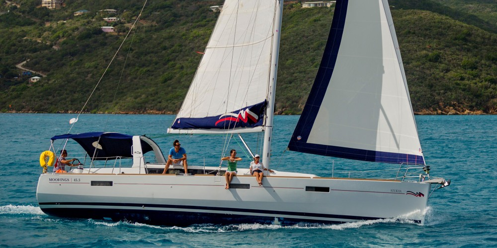 Boat rental Bénéteau Moorings 453 in St. George's on Samboat