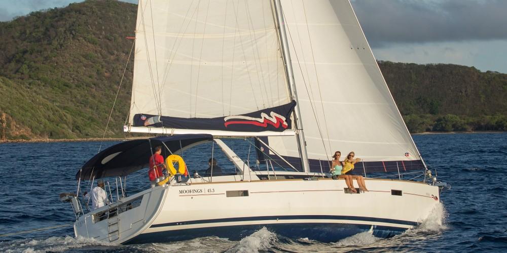 Rental Sailboat in St. George's - Bénéteau Moorings 453