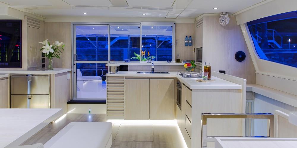 Rental Catamaran in Road Town - Leopard Moorings 514 PC