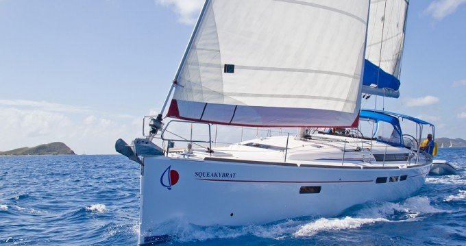 Hire  with or without skipper Jeanneau Procida