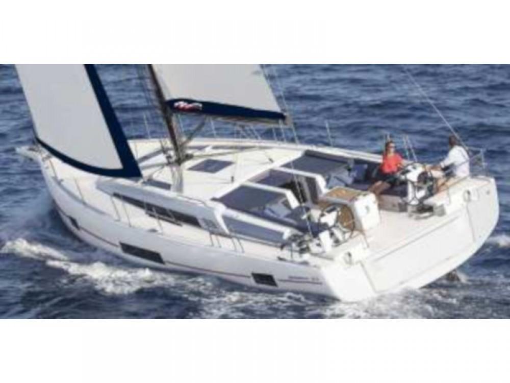 Rental Sailboat in Road Town - Jeanneau Moorings 52.4