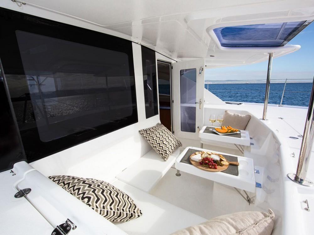Rental yacht  - Leopard Sunsail 444 on SamBoat