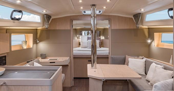 Rental yacht Placentia Village - Bénéteau Moorings 42.1 on SamBoat