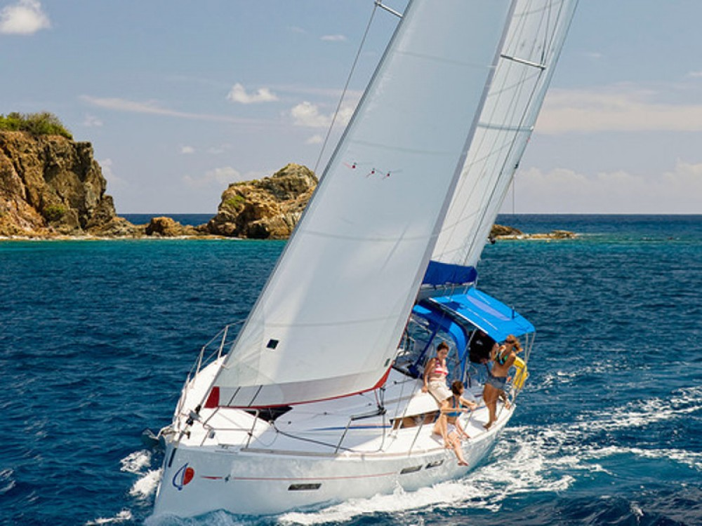Jeanneau Sunsail 41 between personal and professional Komolac