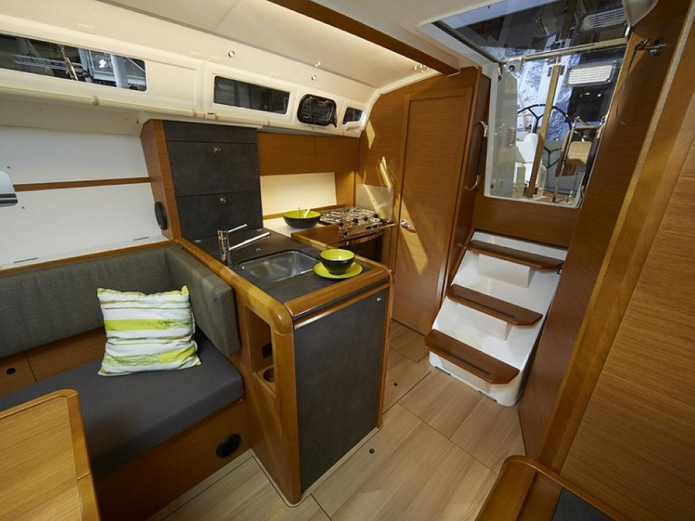 Boat rental Komolac cheap Sunsail 34- 2/1