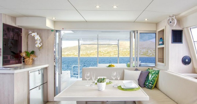 Rental Catamaran in  - Leopard Sunsail 404
