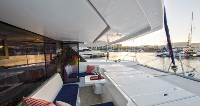 Leopard Sunsail 454 between personal and professional Marina