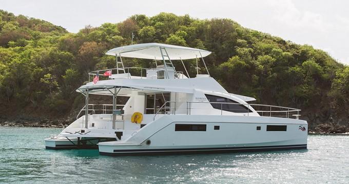 Boat rental Leopard Moorings 514 PC  in Piraeus on Samboat