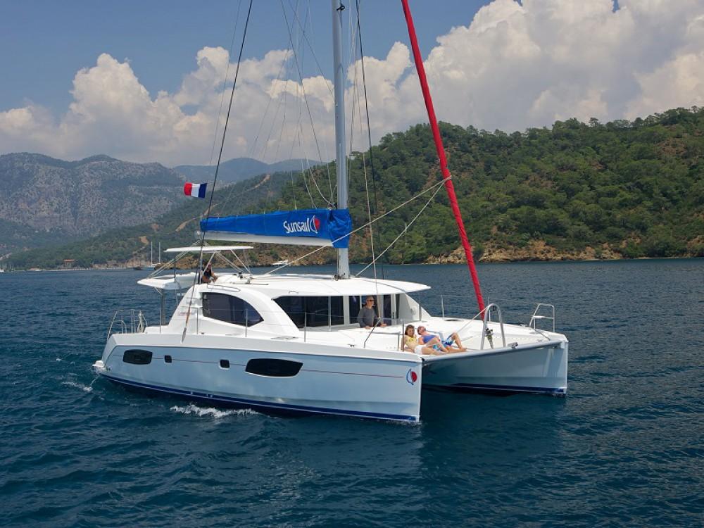 Boat rental Road Town cheap Sunsail 444