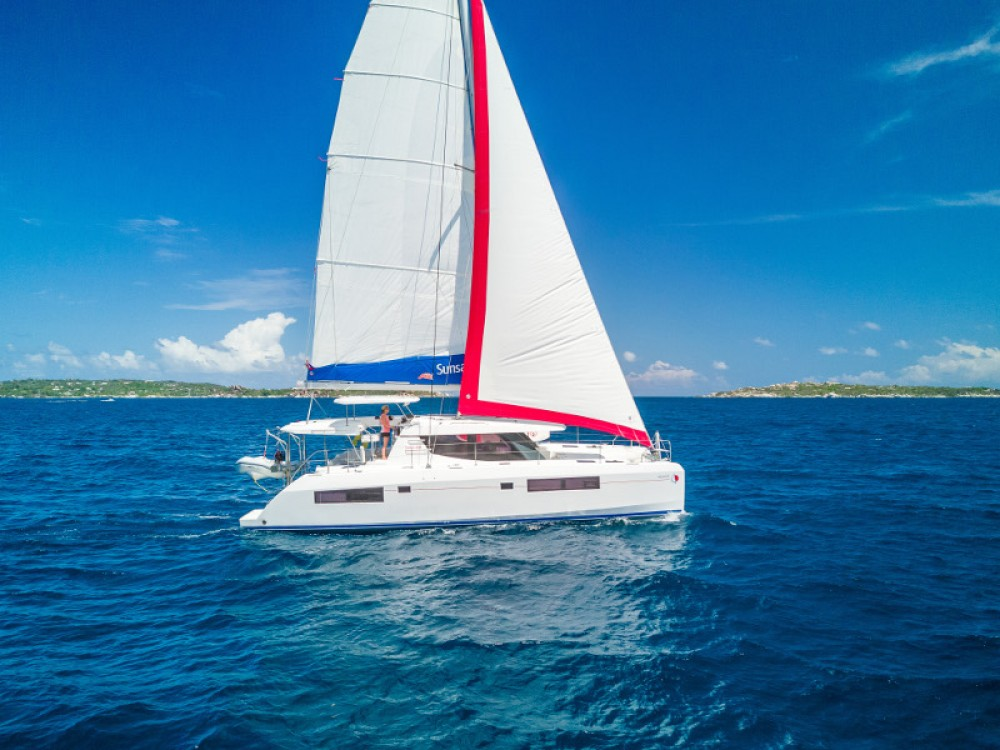 Leopard Sunsail 454-10 between personal and professional Marina Gouvia