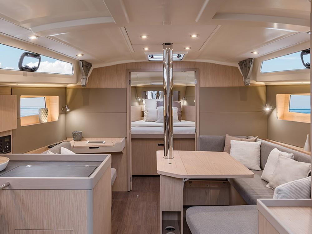 Rental yacht Marina Gouvia - Bénéteau Moorings 42.1 on SamBoat