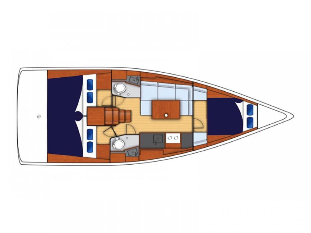 Rental Sailboat in Furnari -  Moorings 38.3