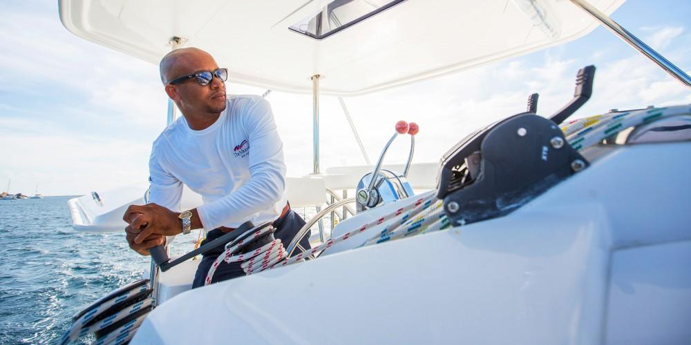 Rental Catamaran in Port Louis Marina - Leopard Moorings 4000/3