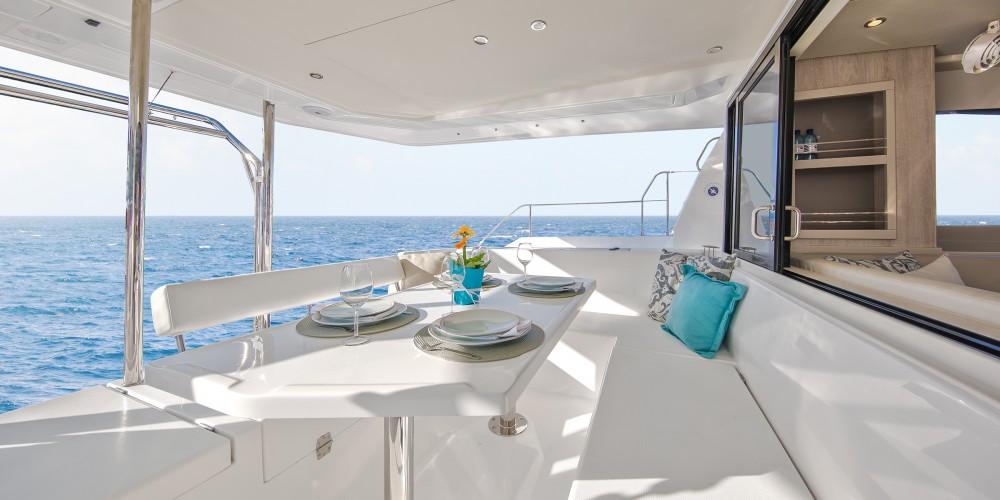 Hire Catamaran with or without skipper Leopard Marina Naviera Balear