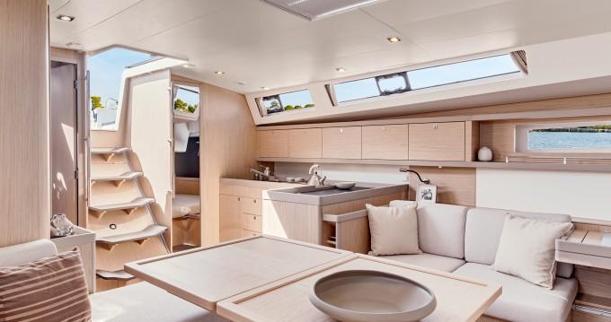 Boat rental Piraeus cheap Moorings 45