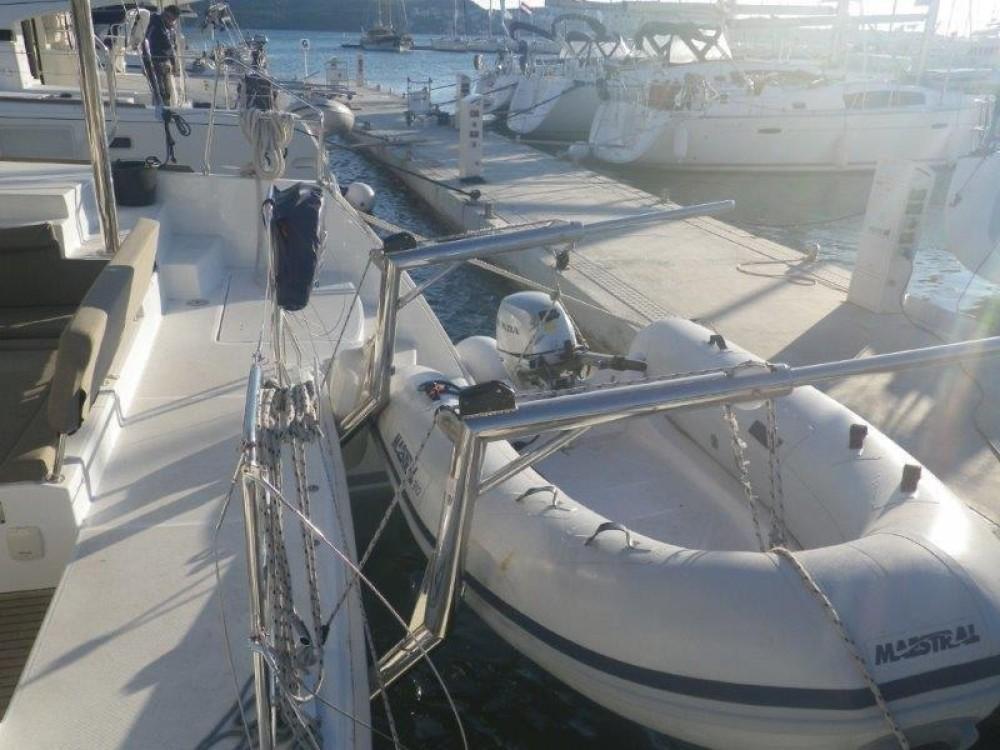 Rental Catamaran in Peloponnese - Lagoon Lagoon 400 S2 - 4 + 2 cab.