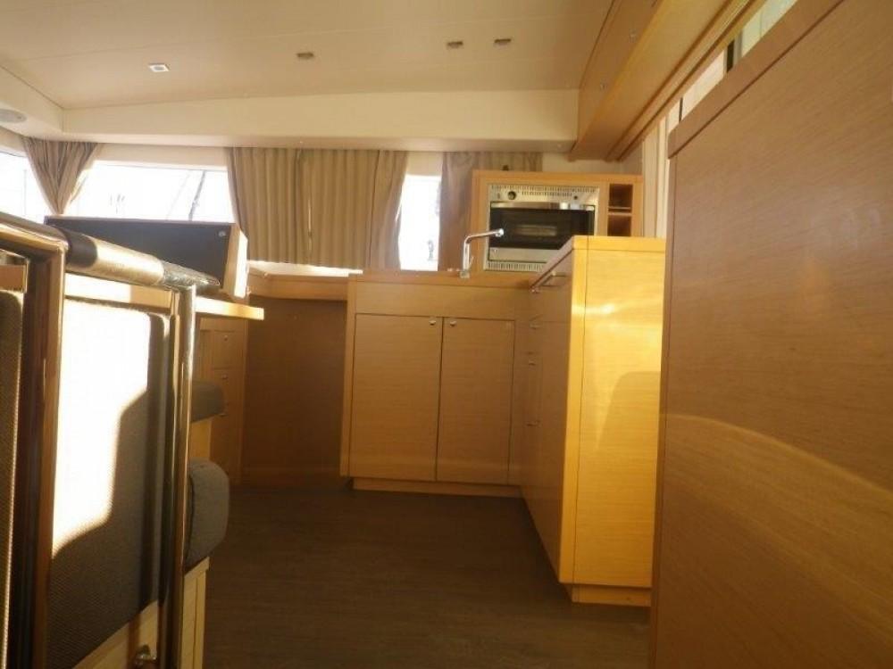 Rental yacht Peloponnese - Lagoon Lagoon 400 S2 - 4 + 2 cab. on SamBoat