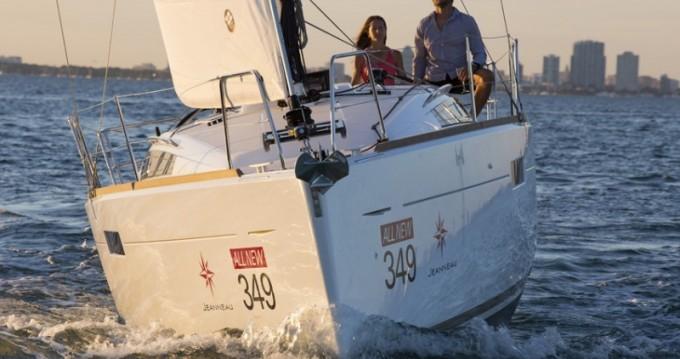 Rental Sailboat in Tortola - Jeanneau Sun Odyssey 349