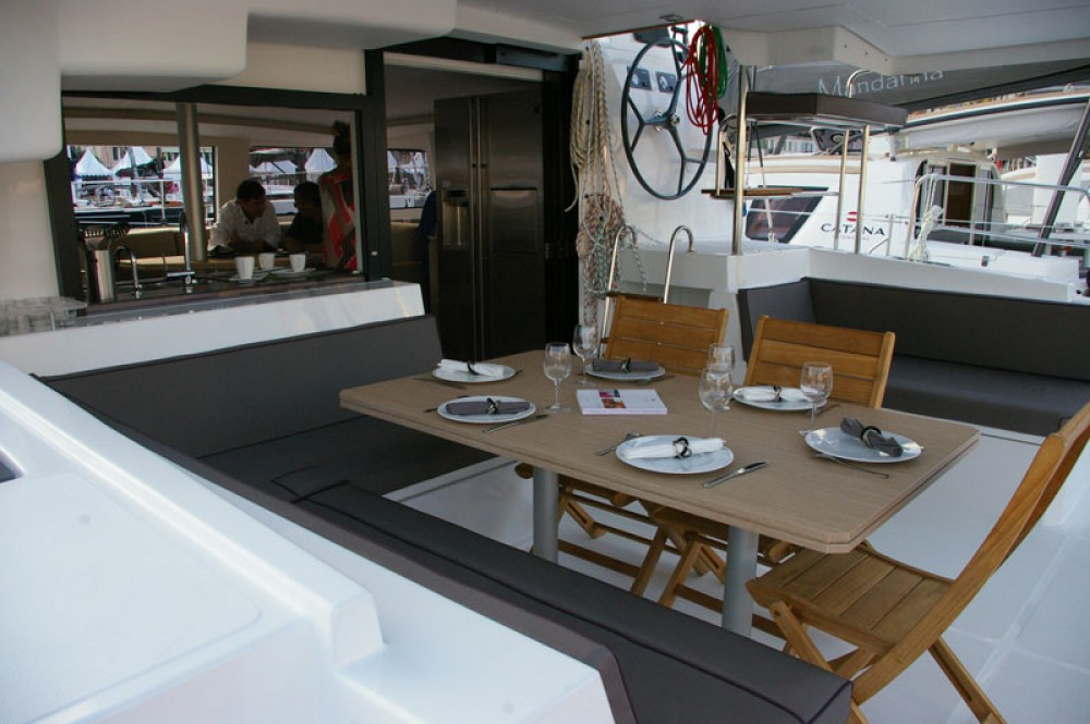 Rental Catamaran in Baie Sainte Anne - Catana Bali 4.5