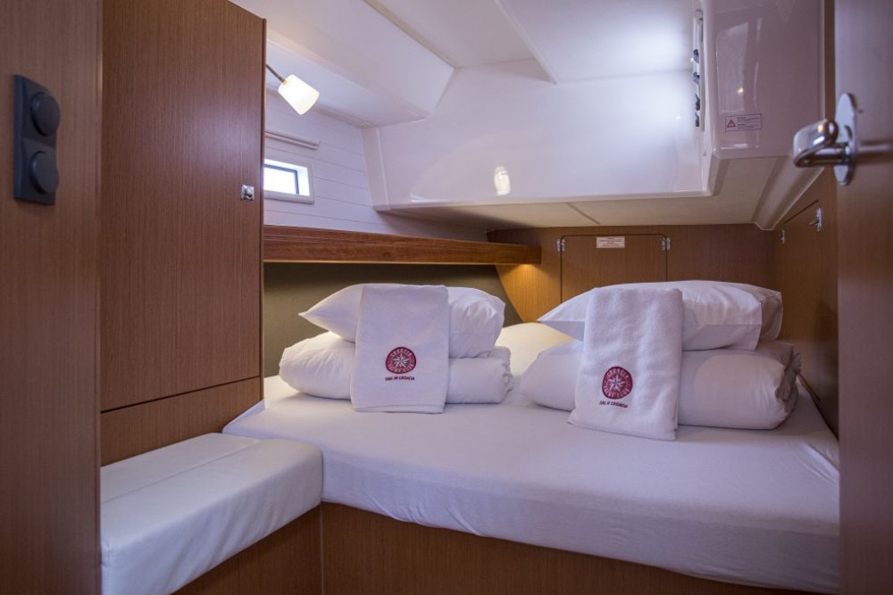 Rental yacht Trogir - Bavaria Bavaria 46 Cruiser on SamBoat