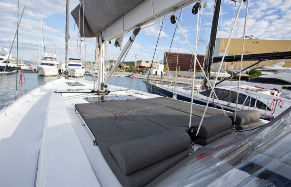 Rental Sailboat in Traù - Hanse Hanse 588