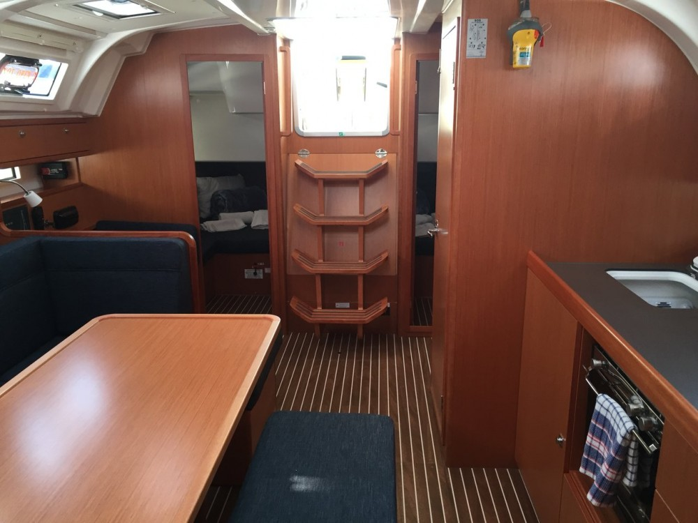 Rent a Bavaria Cruiser 41 Peloponnese