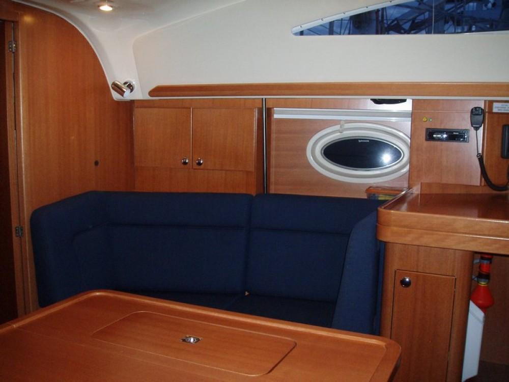 Rental yacht Ionian Islands - Elan Elan 384 on SamBoat