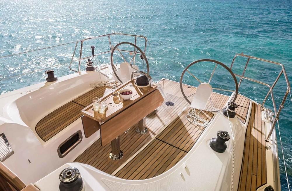 Boat rental Zadar cheap Bavaria Cruiser 34 - 2 cab.
