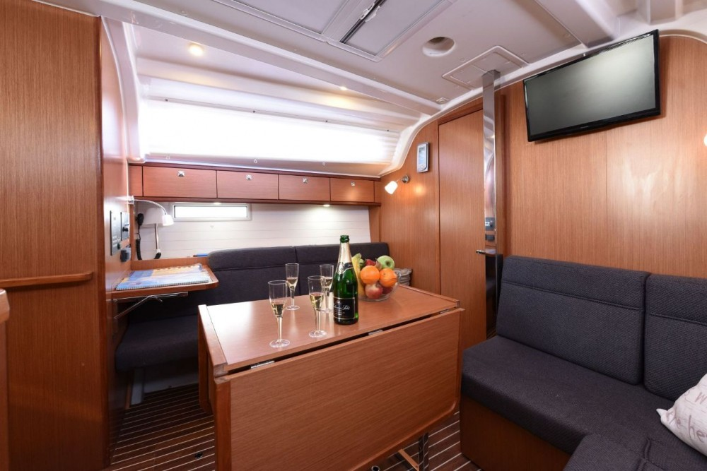 Rent a Bavaria Cruiser 37 Grad Zadar