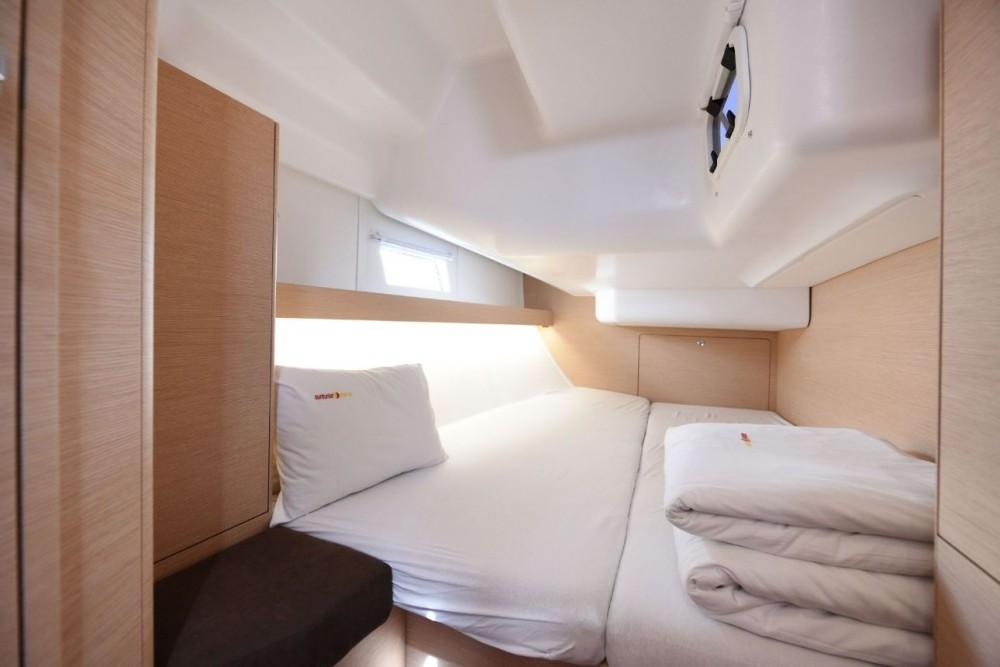 Boat rental Grad Zadar cheap Elan Impression 45